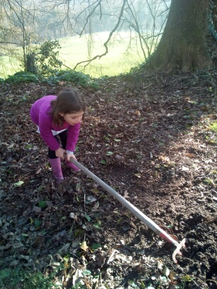 Lydia au jardin 2